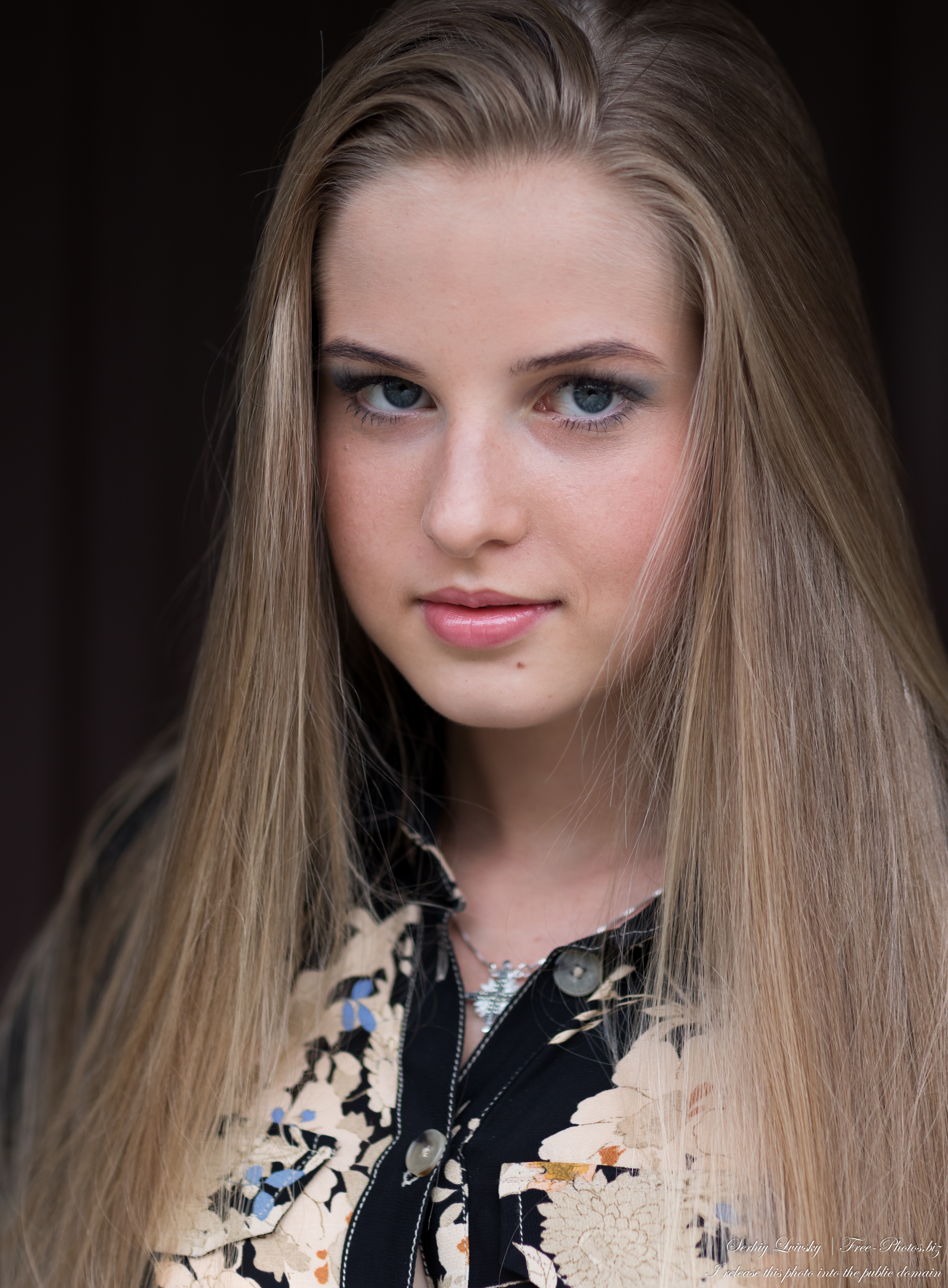 Diana - an 18-year-old natural blonde girl photographed in August 2020 by Serhiy Lvivsky, picture 46