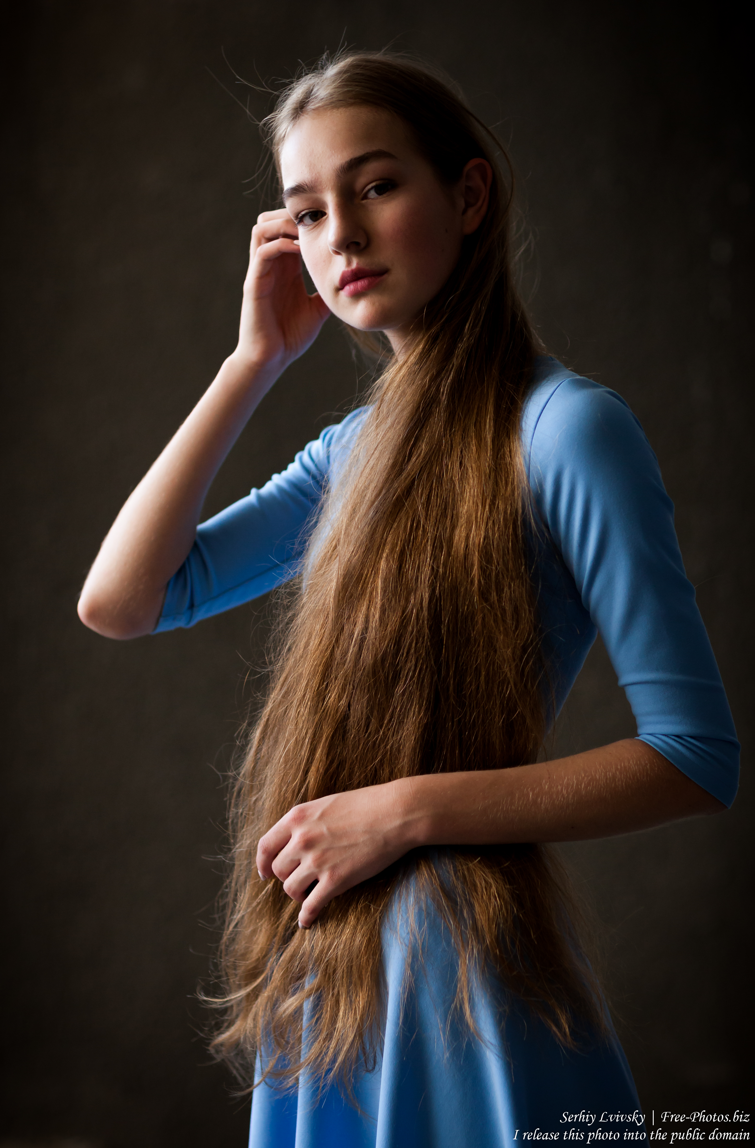 Justyna - a 16-year-old fair-haired girl photographed in June 2018 by Serhiy Lvivsky, picture 11