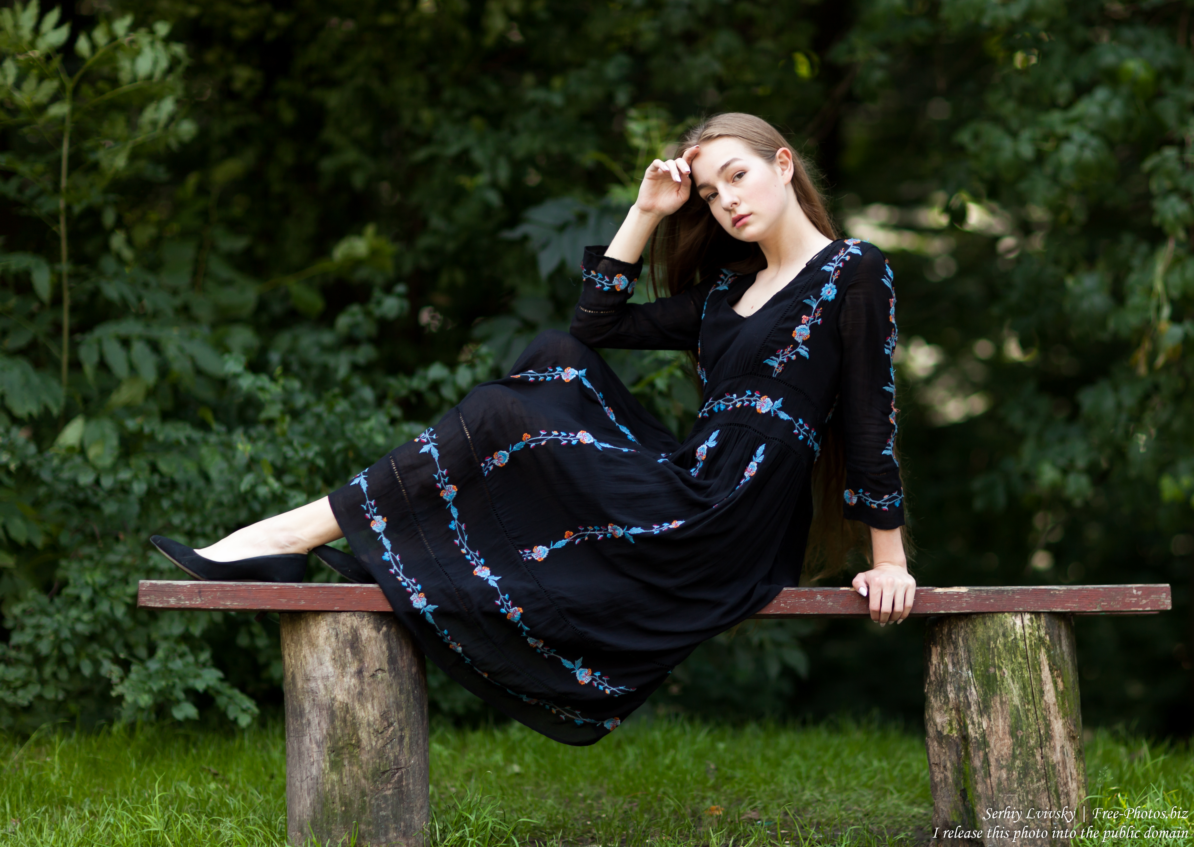 Justyna - a 16-year-old fair-haired girl photographed in June 2018 by Serhiy Lvivsky, picture 16