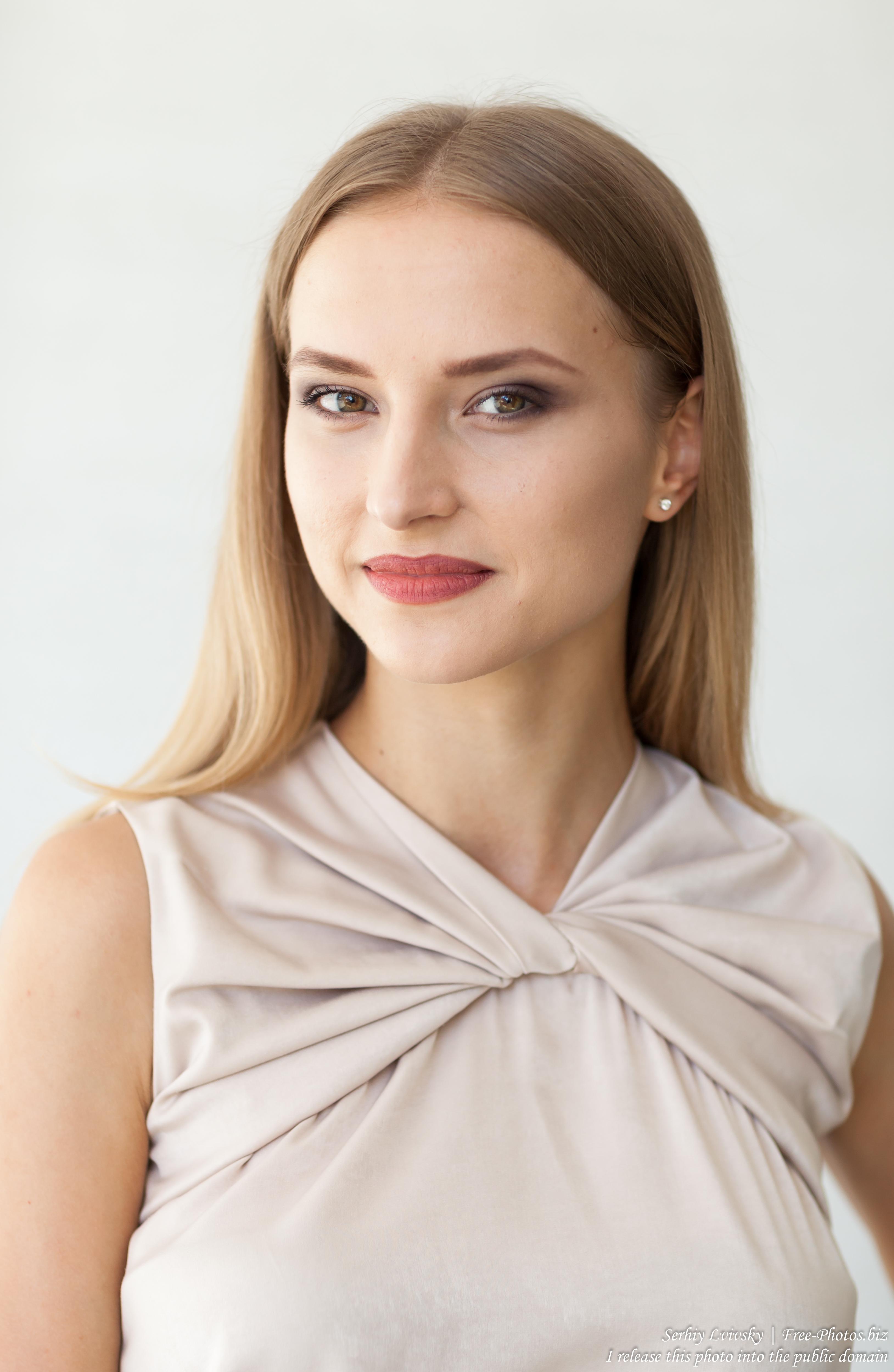 Photo of Marta - a 21-year-old natural blonde Catholic