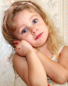 a beautiful child girl photographed in May 2013, picture 22
