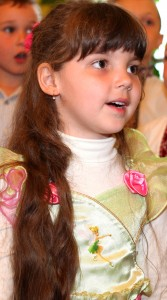 a cutie in a Catholic kindergarten in May 2013, picture 7