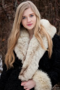 a natural blond 17-year-old girl photographed by Serhiy Lvivsky in January 2016, picture 13