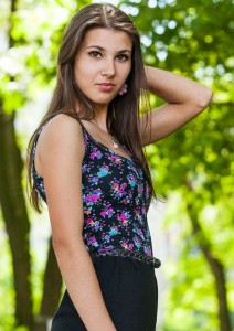 an amazingly beautiful Roman-Catholic girl photographed in May 2014, picture 17/25