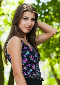 an amazingly beautiful Roman-Catholic girl photographed in May 2014, picture 20/25