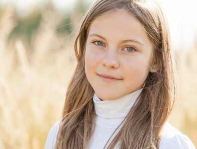 an amazingly beautiful young Catholic girl photographed in October 2014, picture 35