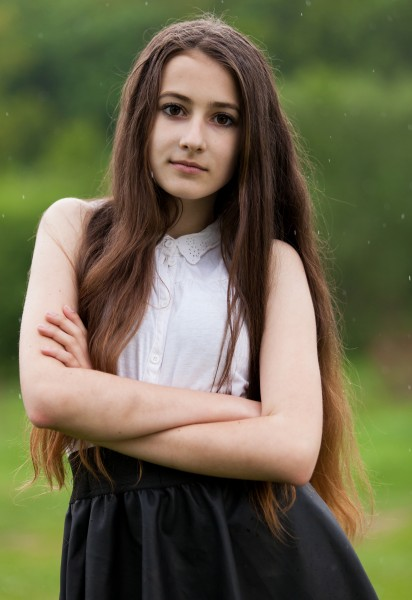 a 13-year-old brunette girl photographed in May 2015, picture 21