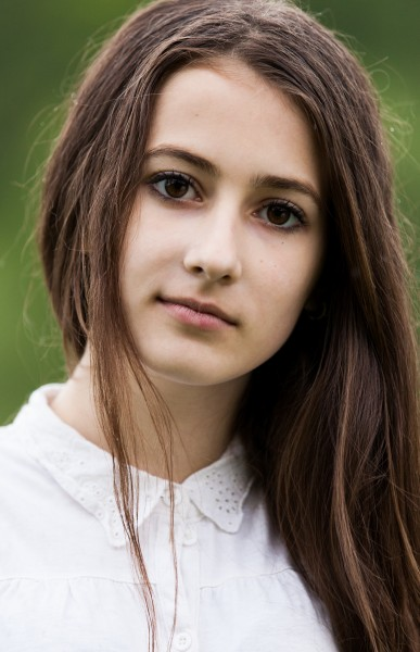 a 13-year-old brunette girl photographed in May 2015, picture 29