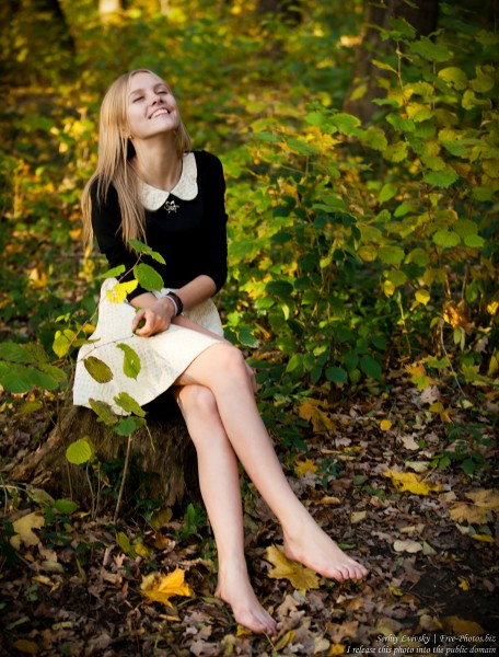 a 15-year-old blond girl photographed in October 2015 by Serhiy Lvivsky, picture 11