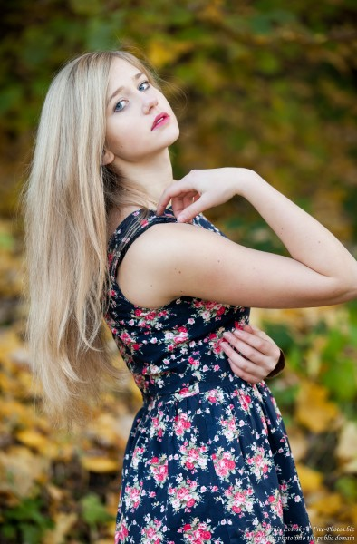a seventeen-year-old natural blond girl with blue eyes photographed by Serhiy Lvivsky in October 2015, picture 8