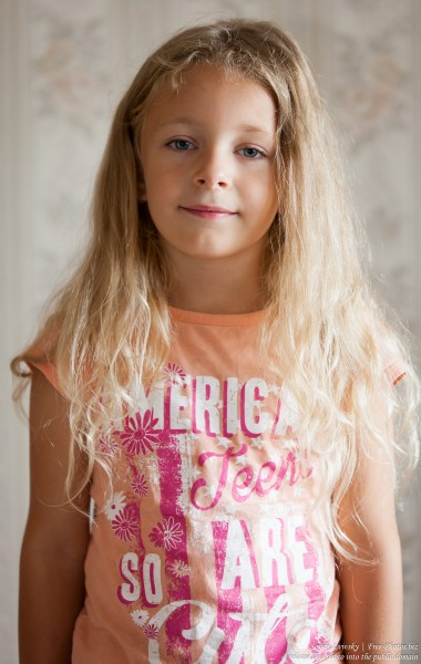 a blond child girl photographed in August 2015 by Serhiy Lvivsky, picture 2