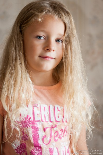 a blond child girl photographed in August 2015 by Serhiy Lvivsky, picture 5