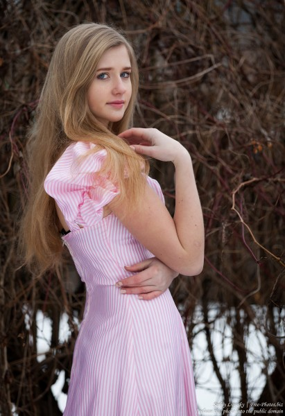 a natural blond 17-year-old girl photographed by Serhiy Lvivsky in January 2016, picture 11