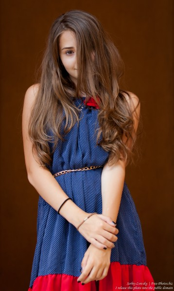 a 14-year-old brunette girl photographed in July 2015, picture 9