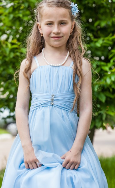 a young cute Chechen girl photographed in May 2014, picture 4/17