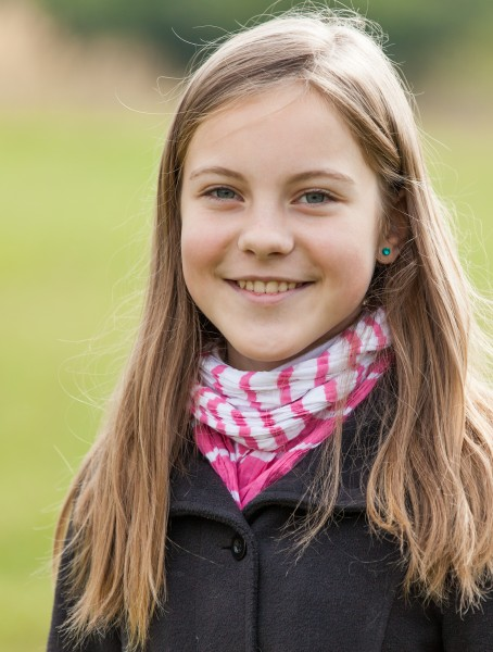 an amazingly beautiful young Catholic girl photographed in October 2014, picture 5