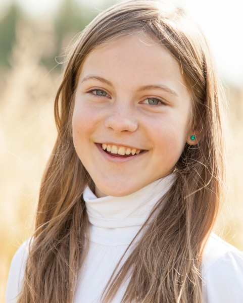 an amazingly beautiful young Catholic girl photographed in October 2014, picture 36