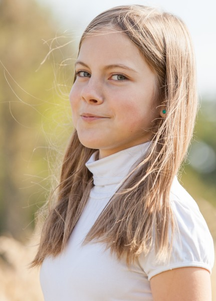 an amazingly beautiful young Catholic girl photographed in October 2014, picture 38