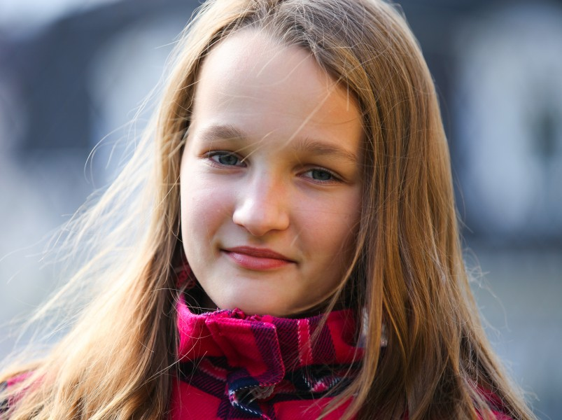 a headshot of an astonishingly beautiful young Catholic girl photographed in September 2013, picture 19/34