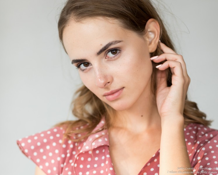 Anna - a 20-year-old fair-haired girl photographed in September 2019 by Serhiy Lvivsky, picture 27