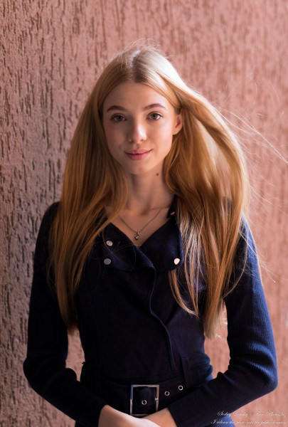 Anna - an 18-year-old girl photographed in October 2020 by Serhiy Lvivsky, picture 20