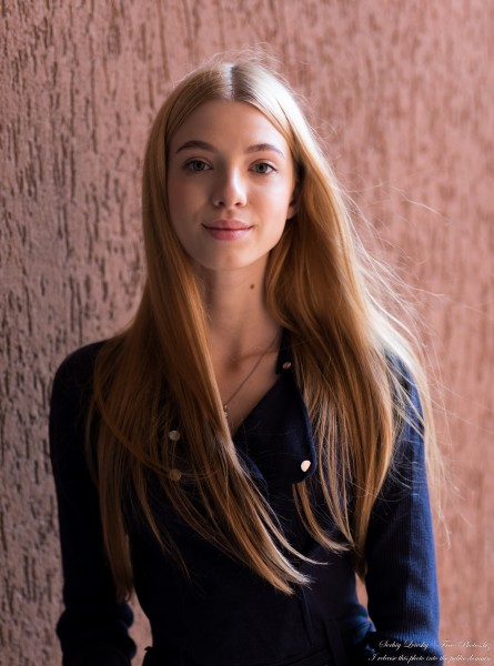 Anna - an 18-year-old girl photographed in October 2020 by Serhiy Lvivsky, picture 22