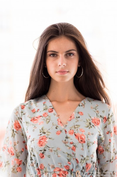 Christina - a 16-year-old brunette girl photographed in July 2019 by Serhiy Lvivsky, picture 3