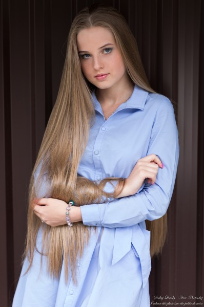 Diana - an 18-year-old natural blonde girl photographed in August 2020 by Serhiy Lvivsky, picture 24