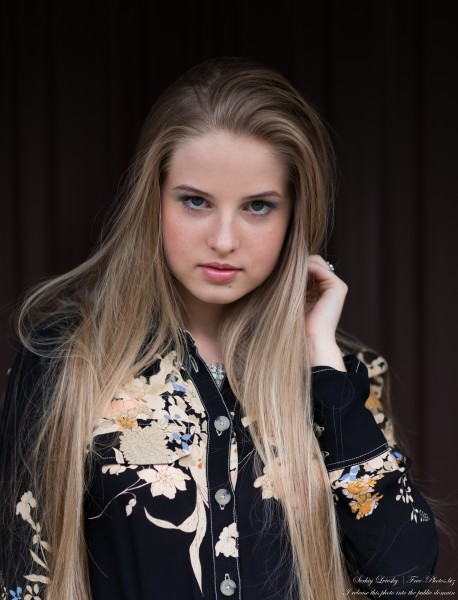 Diana - an 18-year-old natural blonde girl photographed in August 2020 by Serhiy Lvivsky, picture 41