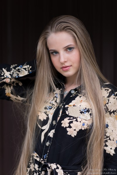 Diana - an 18-year-old natural blonde girl photographed in August 2020 by Serhiy Lvivsky, picture 47