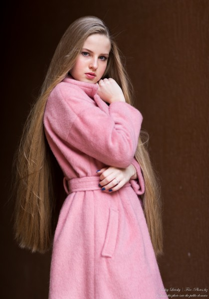 Diana  - an 18-year-old natural blonde girl photographed in October 2020 by Serhiy Lvivsky, picture 21