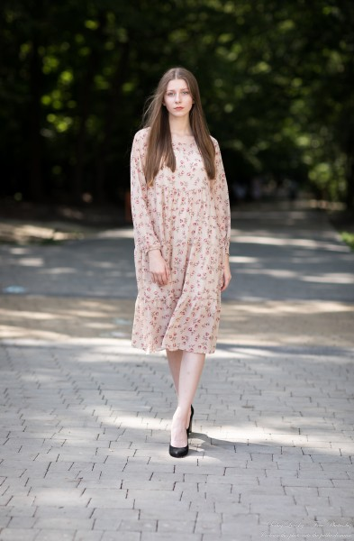 Inna - an 18-year-old natural fair-haired girl photographed in July 2020 by Serhiy Lvivsky, picture 7