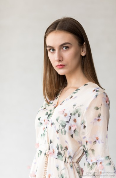 Julia - a 15-year-old girl photographed in July 2019 by Serhiy Lvivsky, picture 1