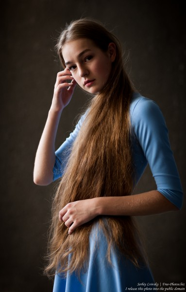 Justyna - a 16-year-old fair-haired girl photographed in June 2018 by Serhiy Lvivsky, picture 10