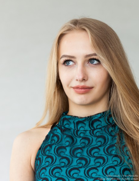 Lila - a 15-year-old natural blonde girl photographed in May 2017 by Serhiy Lvivsky, picture 9