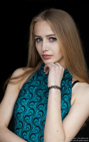 Lila - a 15-year-old natural blonde girl photographed in May 2017 by Serhiy Lvivsky, picture 15
