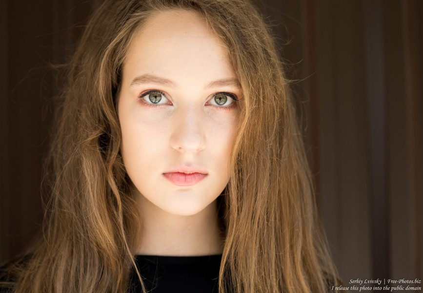 Nastia - a 16-year-old girl with natural fair hair photographed in June 2019 by Serhiy Lvivsky, picture 4