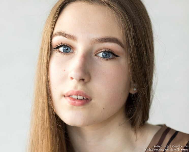 Vika - a 17-year-old girl with blue eyes and natural fair hair photographed in June 2019 by Serhiy Lvivsky, picture 17