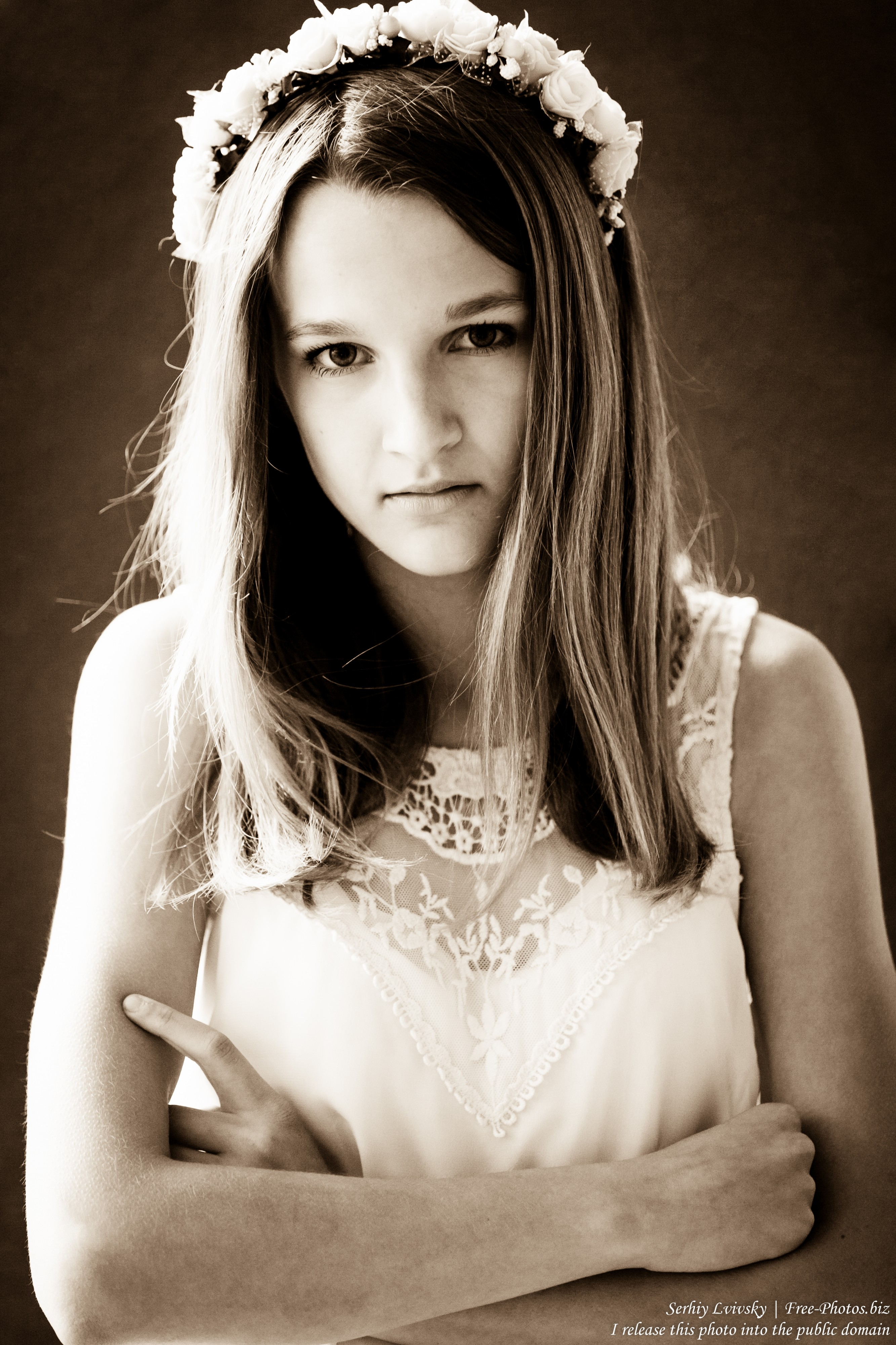 a 13-year-old Catholic girl in a white dress photographed in June 2015, picture 6