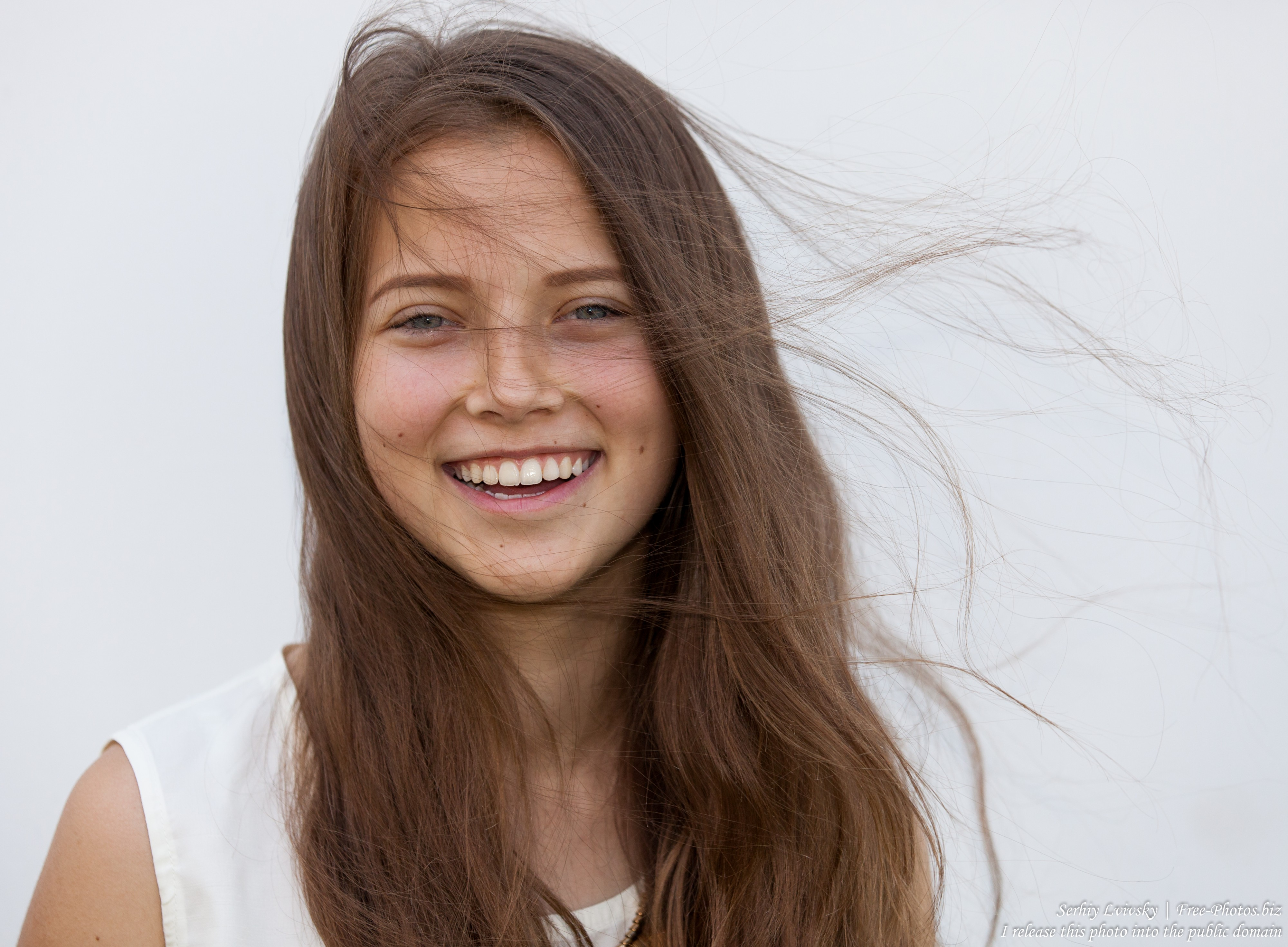 a cute 15-year old girl photographed in July 2015, picture 2