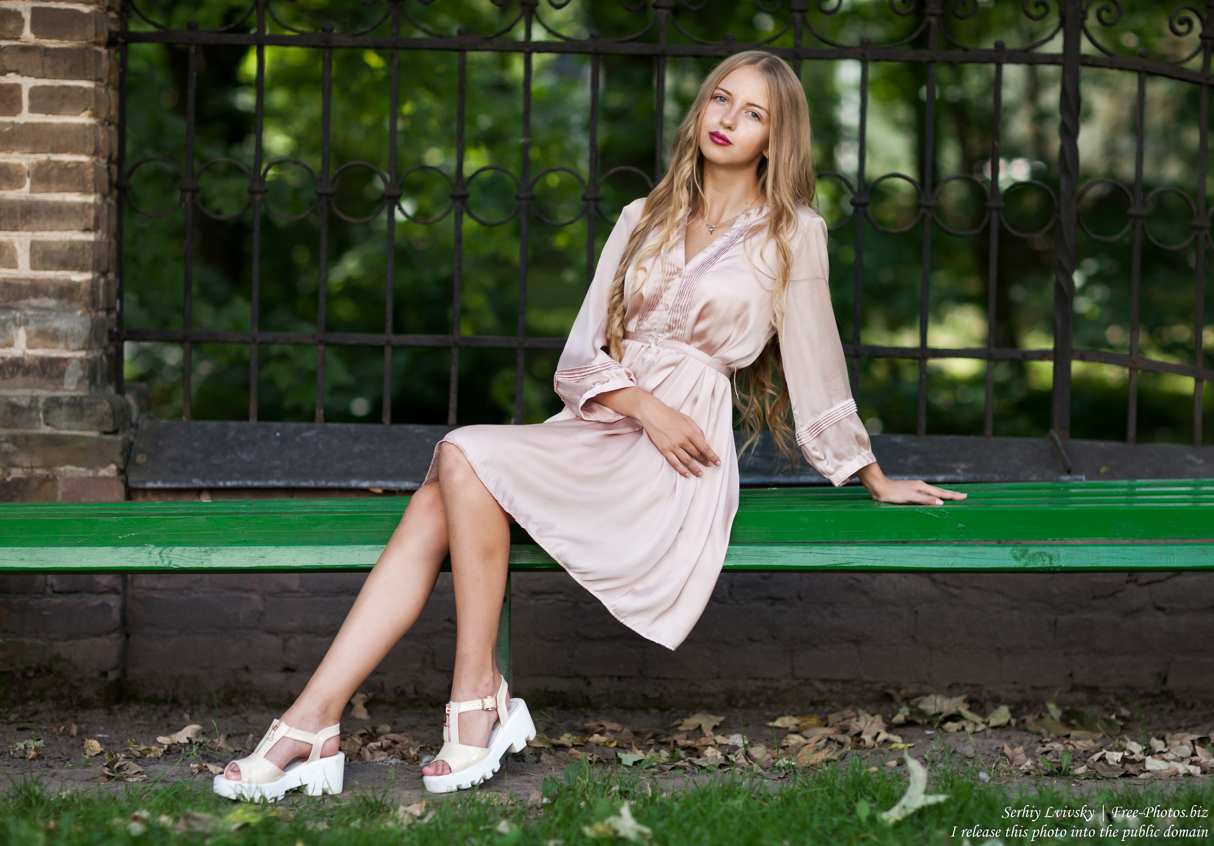 Ania - a 14-year-old natural blonde girl photographed by Serhiy Lvivsky in August 2017, picture 32