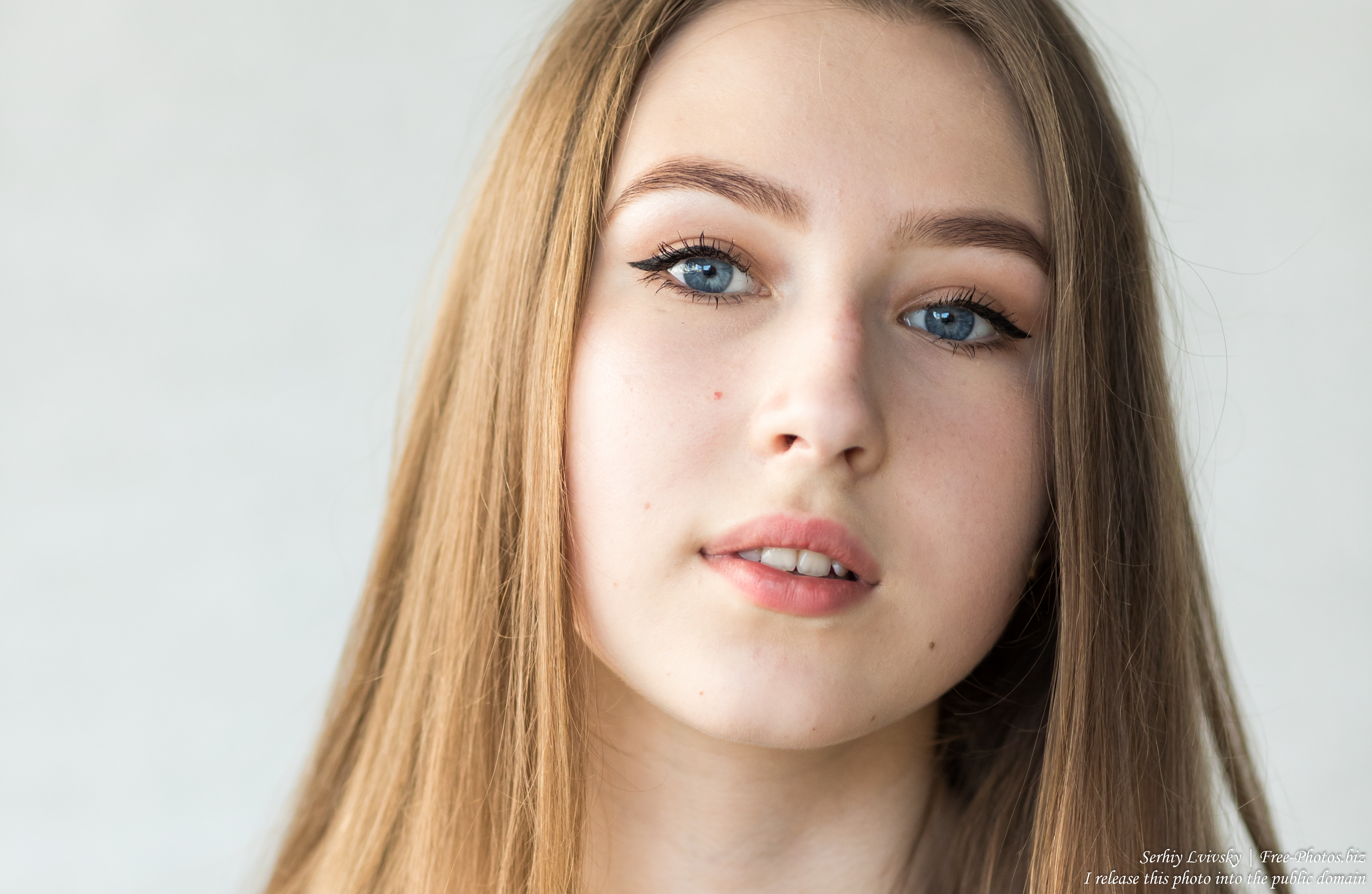 Vika - a 17-year-old girl with blue eyes and natural fair hair photographed in June 2019 by Serhiy Lvivsky, picture 11