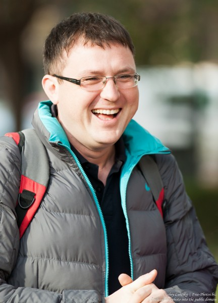 a laughing man photographed in December 2015 by Serhiy Lvivsky, picture 2