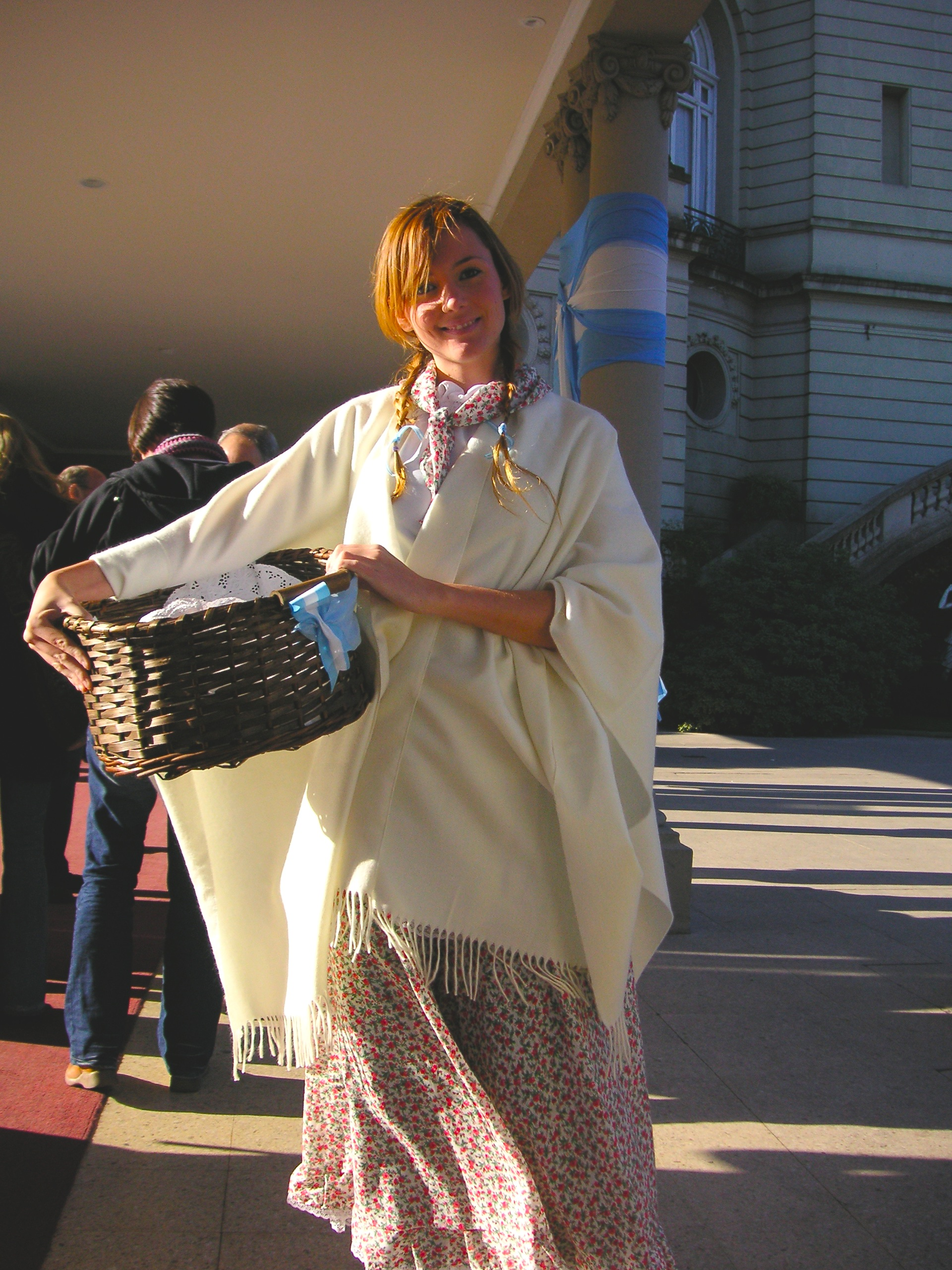 Argentine woman on national day