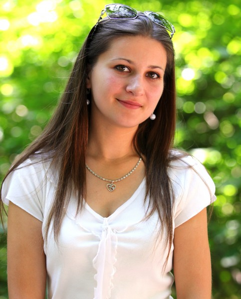 a very attractive girl (a Catholic Christian), photographed in July 2013, picture 6/22