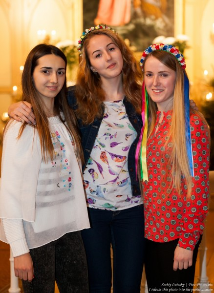three pretty girls photographed at Taize Riga 2016 meeting, picture 2