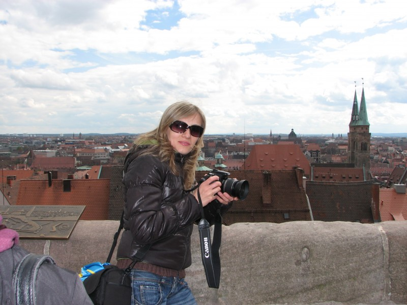 A girl with a Canon camera, Nuremberg, Germany, picture 2