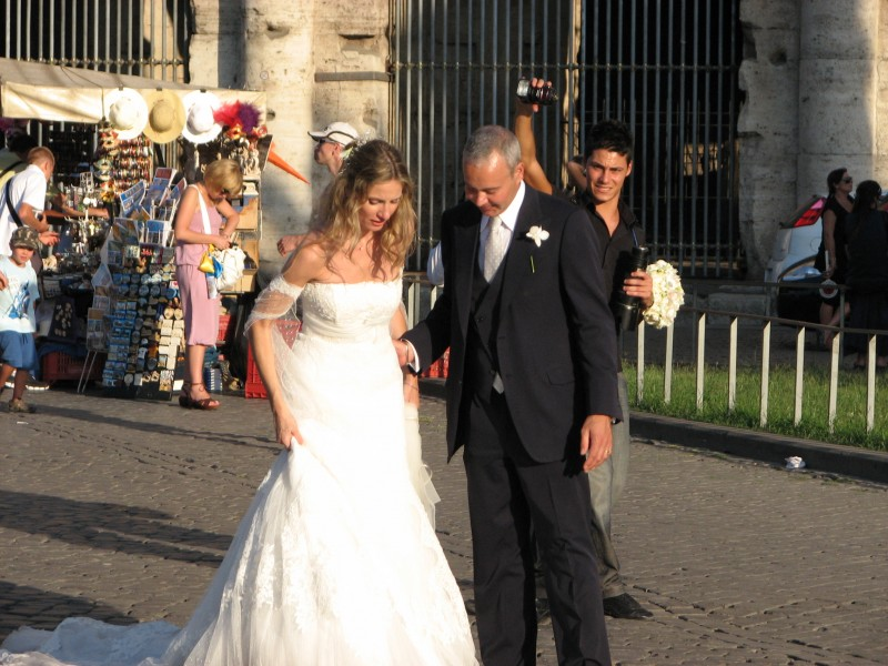 Newlyweds in Rome, Italy, European Union, August 2011, picture 32.
