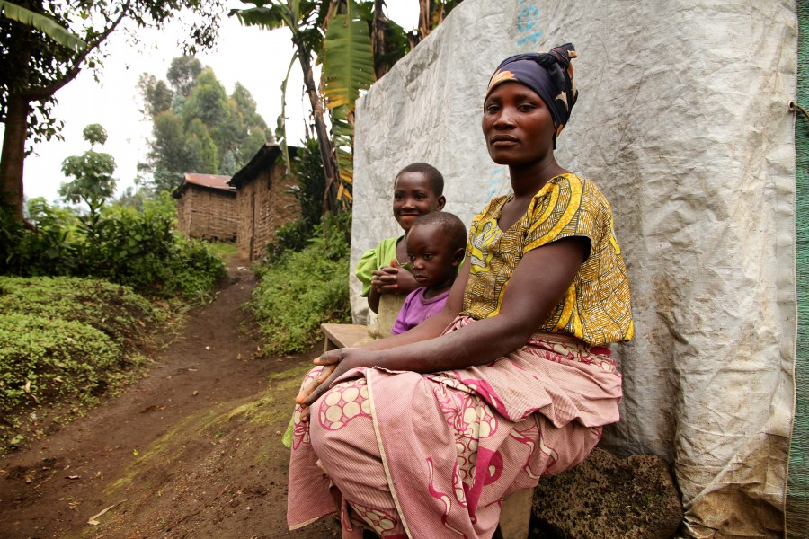 a single mother, North Kivu (12187611895)