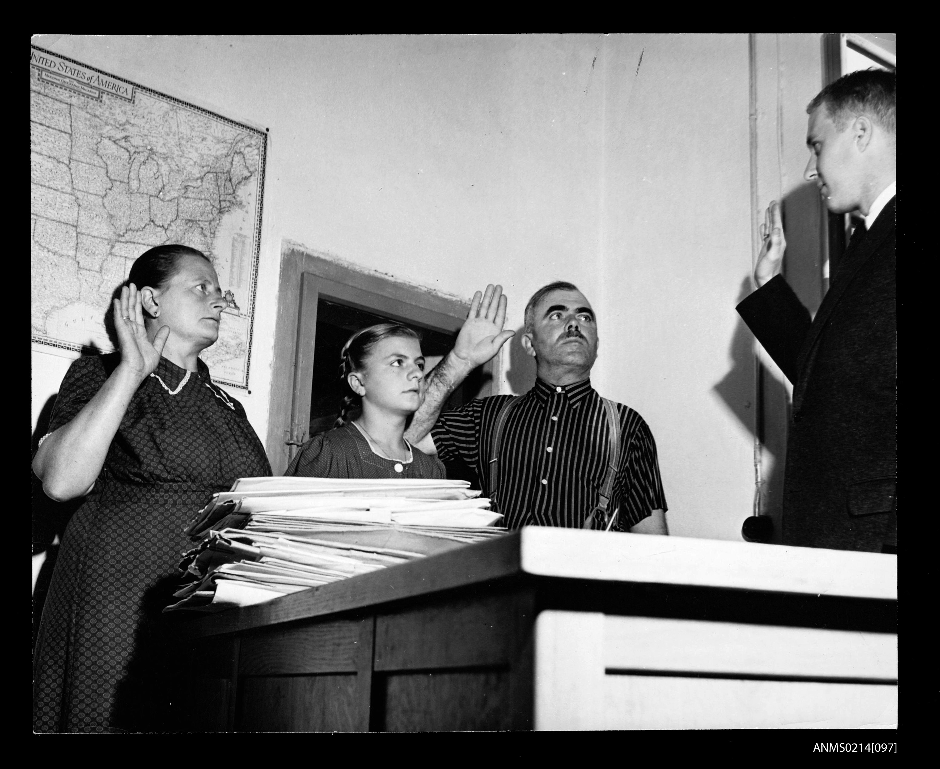 The Schimpf family take the oath for a US visa, Salzburg (8411912099)